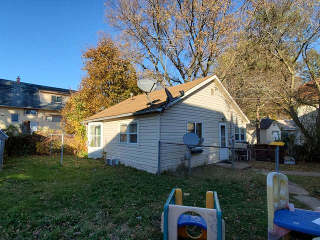 104 E Wayne Street, Freeport, IL 61032 (MLS #10939533) :: Littlefield Group
