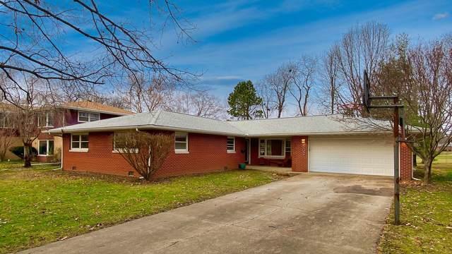 802 E Mchenry Street, Urbana, IL 61801 (MLS #10939628) :: Ryan Dallas Real Estate