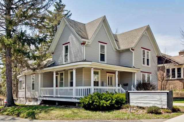 55 E Crystal Lake Avenue, Crystal Lake, IL 60014 (MLS #10939648) :: John Lyons Real Estate
