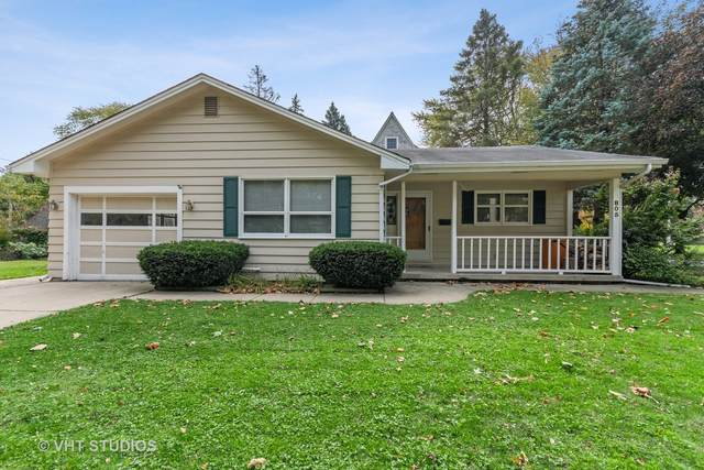 805 Walnut Avenue, St. Charles, IL 60174 (MLS #10940170) :: Suburban Life Realty