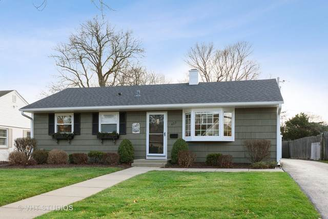 427 E Berry Road, Barrington, IL 60010 (MLS #10940482) :: Janet Jurich