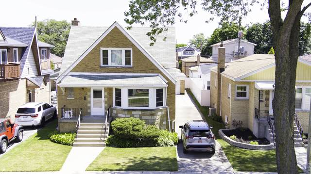 5431 S Neenah Avenue, Chicago, IL 60638 (MLS #10940594) :: Helen Oliveri Real Estate