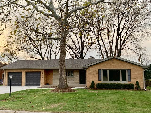 2240 Woodview Lane, Park Ridge, IL 60068 (MLS #10940948) :: Property Consultants Realty