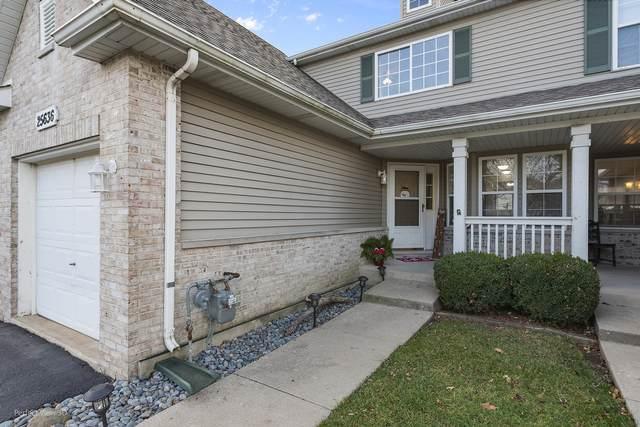 25636 S Bridle Path, Channahon, IL 60410 (MLS #10940984) :: Helen Oliveri Real Estate
