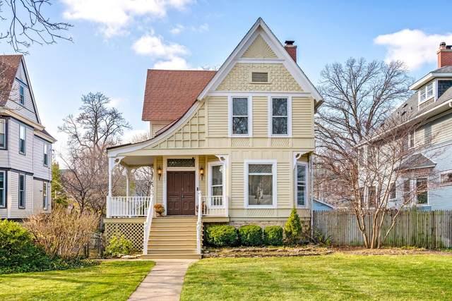 217 N Taylor Avenue, Oak Park, IL 60302 (MLS #10941186) :: Helen Oliveri Real Estate