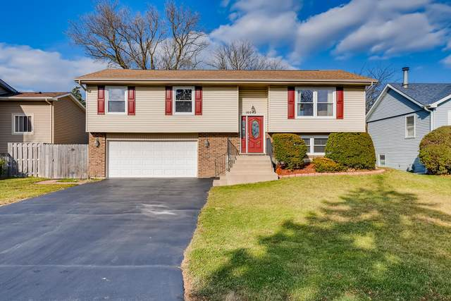 16042 W Pope Boulevard, Prairie View, IL 60069 (MLS #10941189) :: BN Homes Group