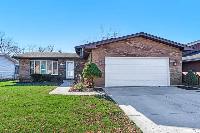 135 Hiddenview Drive, Westmont, IL 60559 (MLS #10941356) :: BN Homes Group