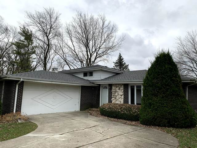 9S380 Rosehill Court, Downers Grove, IL 60516 (MLS #10941557) :: The Dena Furlow Team - Keller Williams Realty