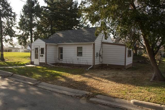 509 Oakland Avenue, Morrison, IL 61270 (MLS #10942514) :: Littlefield Group