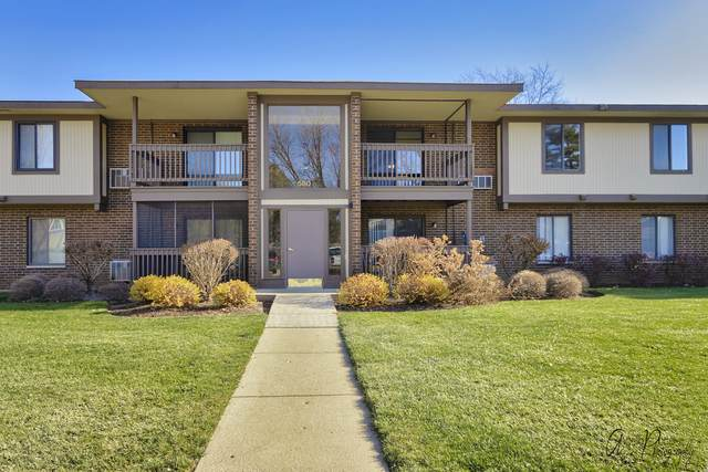 580 Somerset Lane #8, Crystal Lake, IL 60014 (MLS #10942620) :: Lewke Partners