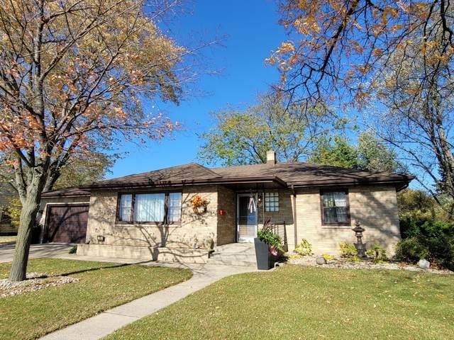 526 E Riverside Boulevard, Loves Park, IL 61111 (MLS #10942868) :: BN Homes Group