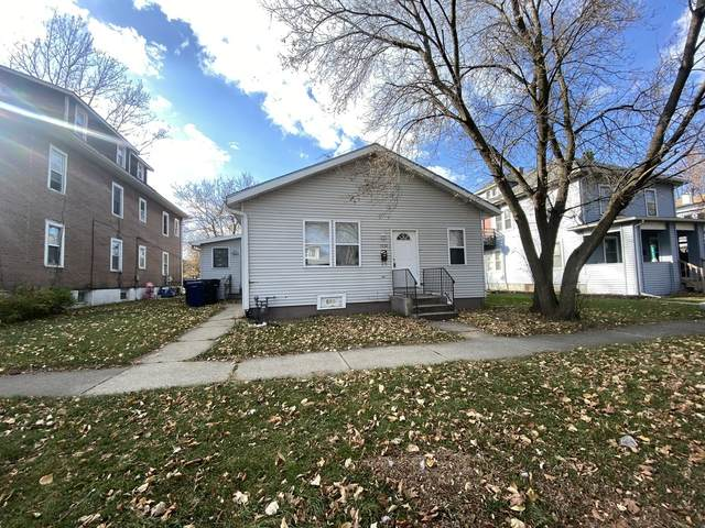 1032 Victoria Street, North Chicago, IL 60064 (MLS #10943196) :: BN Homes Group