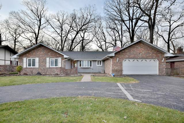 6 Old Oak Trail, Palos Heights, IL 60463 (MLS #10943490) :: BN Homes Group