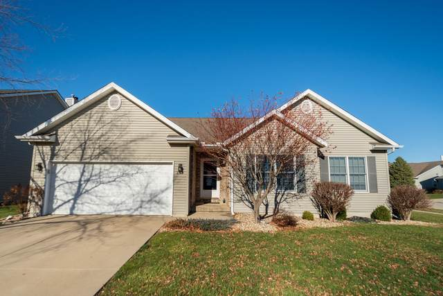 3134 Old Jamestown Road, Bloomington, IL 61704 (MLS #10943767) :: Schoon Family Group