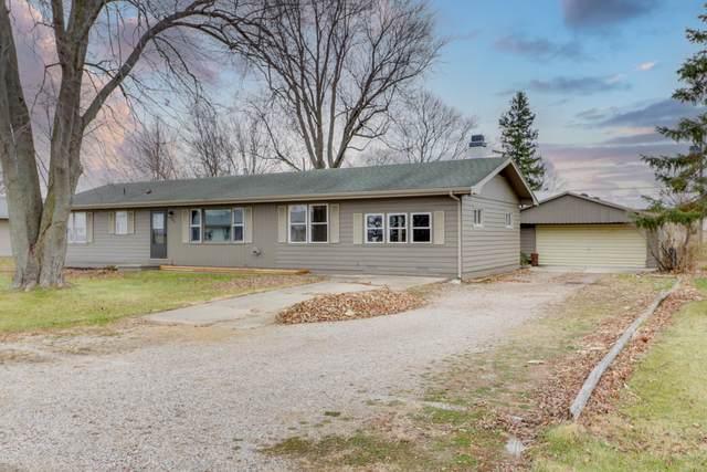 10933 Melton Drive, Bloomington, IL 61705 (MLS #10944341) :: BN Homes Group