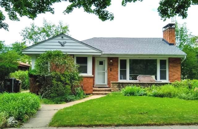 7267 N East Prairie Road, Lincolnwood, IL 60712 (MLS #10944459) :: Schoon Family Group