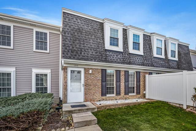 1355 Oxford Circle, Roselle, IL 60172 (MLS #10944778) :: The Wexler Group at Keller Williams Preferred Realty