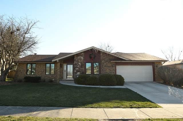 8153 Braeburn Lane, Orland Park, IL 60462 (MLS #10951293) :: Jacqui Miller Homes
