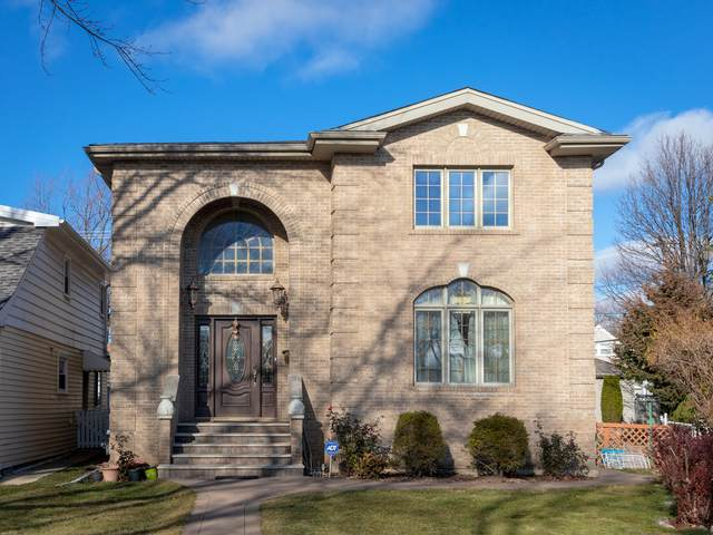 6720 W Senior Place, Harwood Heights, IL 60706 (MLS #10952332) :: Janet Jurich