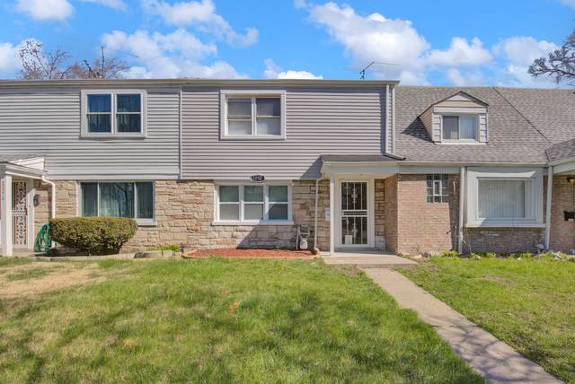 2252 E 96th Street, Chicago, IL 60617 (MLS #10954839) :: Janet Jurich