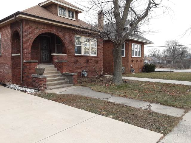 1645 S 10th Avenue, Maywood, IL 60153 (MLS #10954958) :: Schoon Family Group