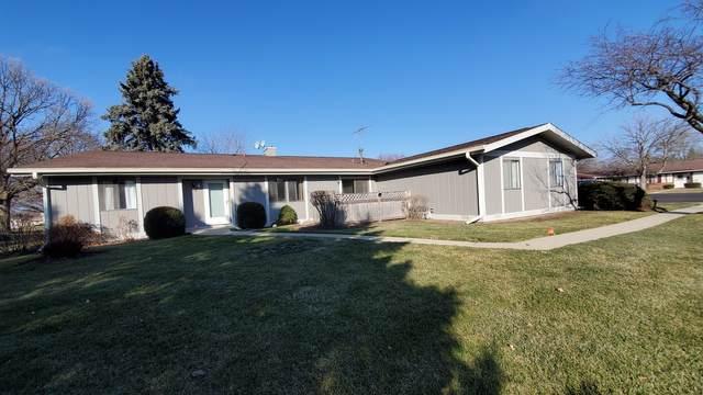4708 W Oakwood Drive F-4, Mchenry, IL 60050 (MLS #10956892) :: Jacqui Miller Homes