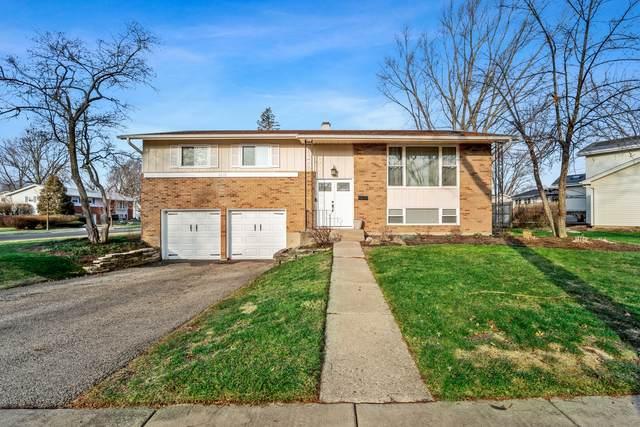 1215 E Sayles Drive, Palatine, IL 60074 (MLS #10957551) :: Schoon Family Group