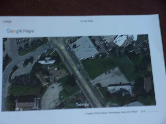 9201 N Milwaukee Avenue, Niles, IL 60714 (MLS #10958228) :: Helen Oliveri Real Estate