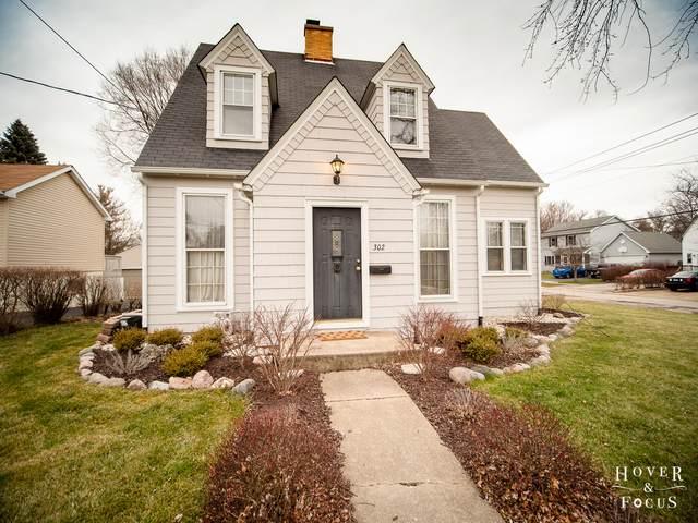 302 Ridgeland Avenue, Woodstock, IL 60098 (MLS #10958536) :: Lewke Partners