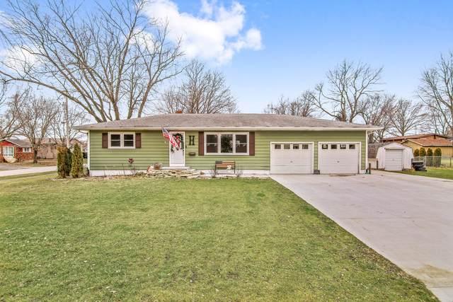 205 Joles Street, Sandwich, IL 60548 (MLS #10958778) :: Schoon Family Group