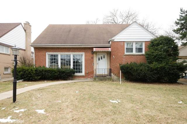 3819 W Jarlath Street, Lincolnwood, IL 60712 (MLS #10959626) :: Schoon Family Group