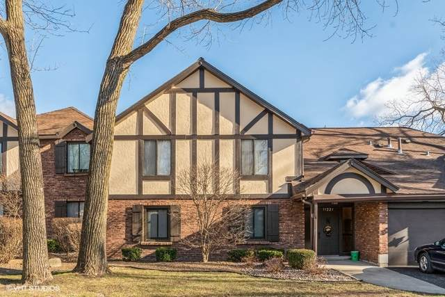 11321 Sycamore Lane 70A, Palos Hills, IL 60465 (MLS #10959931) :: The Wexler Group at Keller Williams Preferred Realty