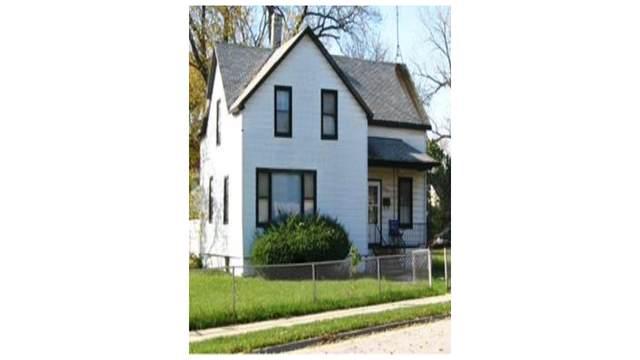 15424 Vincennes Road, Phoenix, IL 60426 (MLS #10960075) :: Jacqui Miller Homes