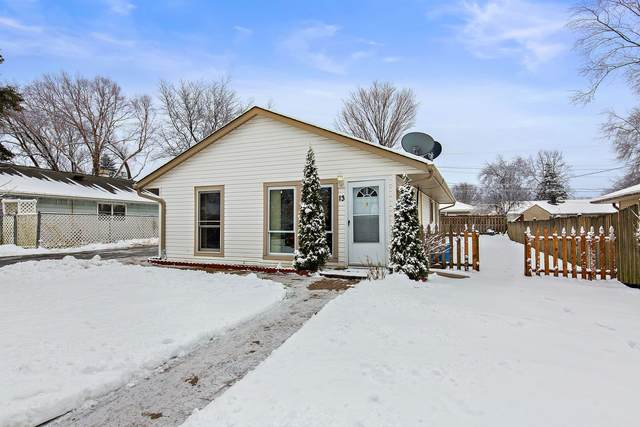 13 Walnut Street, Carpentersville, IL 60110 (MLS #10962376) :: Janet Jurich