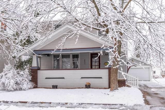 305 Willard Avenue, Bloomington, IL 61701 (MLS #10962973) :: John Lyons Real Estate