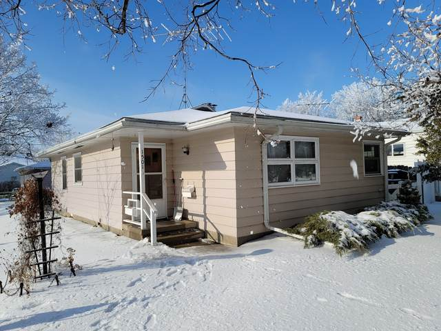1501 Ave J, Sterling, IL 61081 (MLS #10963756) :: The Wexler Group at Keller Williams Preferred Realty