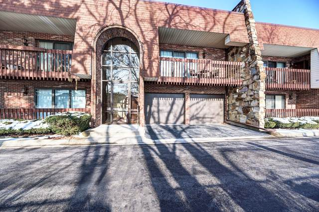 6329 Clarendon Hills Road #11, Willowbrook, IL 60527 (MLS #10964930) :: Janet Jurich