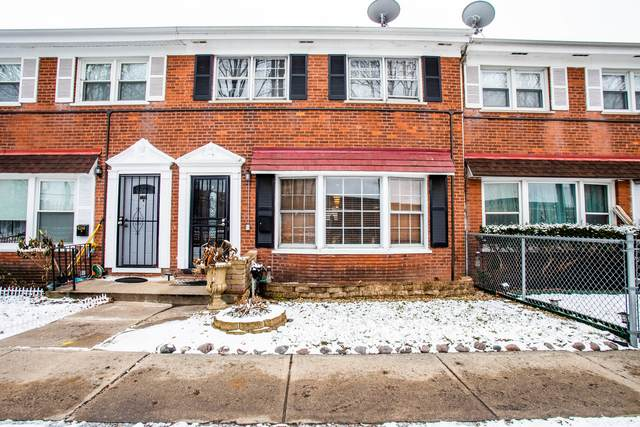 6260 N Hoyne Avenue E, Chicago, IL 60659 (MLS #10965346) :: Schoon Family Group