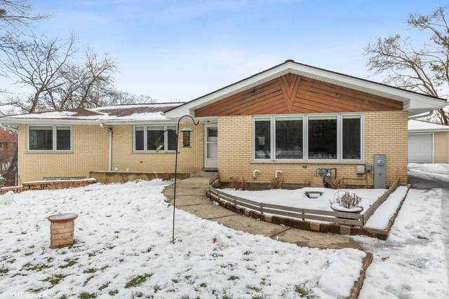 43 S Woodland Trail, Palos Park, IL 60464 (MLS #10965899) :: Schoon Family Group