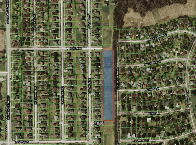 22701 Central Park Avenue, Richton Park, IL 60471 (MLS #10966145) :: Schoon Family Group