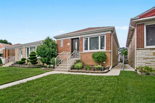 6918 W Foster Avenue, Chicago, IL 60656 (MLS #10966300) :: Jacqui Miller Homes