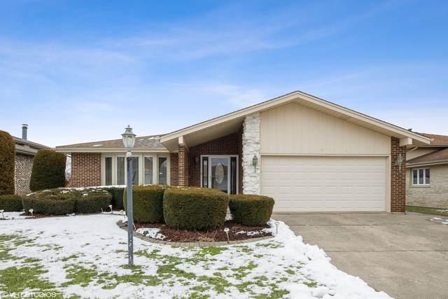 10715 E Olympia Circle, Palos Hills, IL 60465 (MLS #10966391) :: Suburban Life Realty