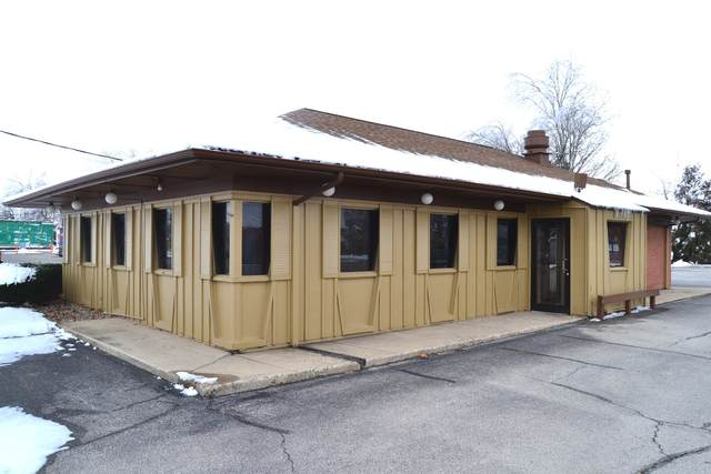 614 W Van Buren Street, CLINTON, IL 61727 (MLS #10966570) :: Helen Oliveri Real Estate