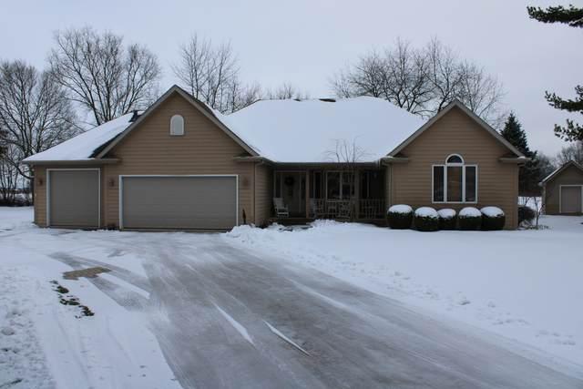 74 Edgebrook Drive, Sandwich, IL 60548 (MLS #10966805) :: Schoon Family Group