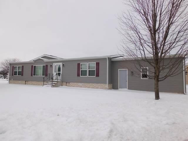 270 Fox Lane, Belvidere, IL 61008 (MLS #10967147) :: Schoon Family Group