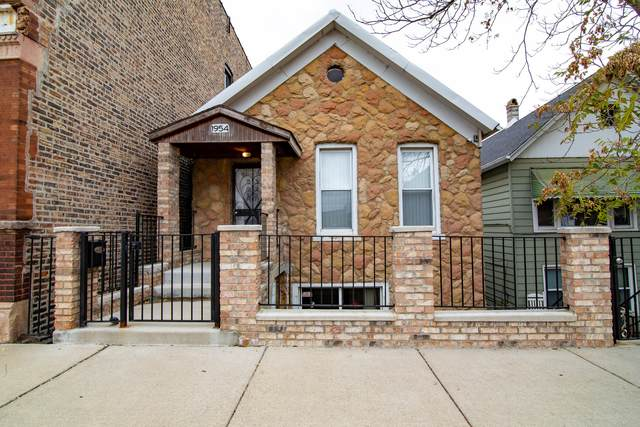 1954 W 21st Place, Chicago, IL 60608 (MLS #10967417) :: Helen Oliveri Real Estate
