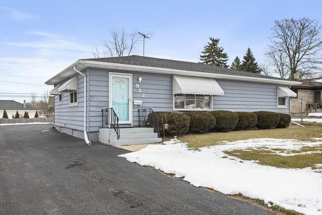 922 E 8th Street, Lockport, IL 60441 (MLS #10968004) :: John Lyons Real Estate