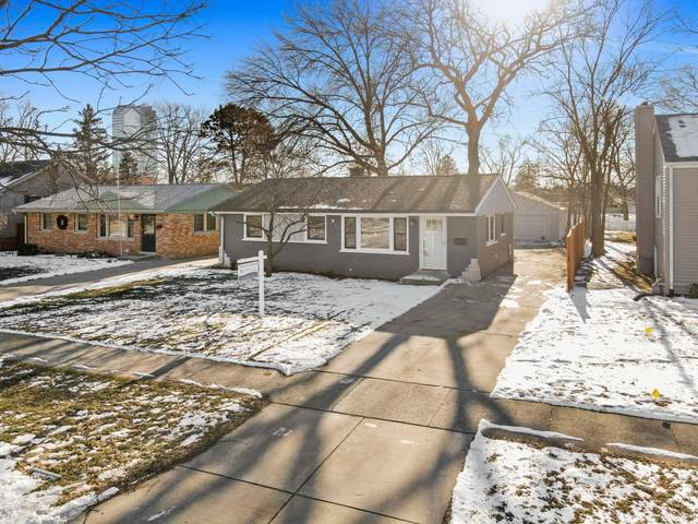 452 W Avery Street, Elmhurst, IL 60126 (MLS #10968619) :: Helen Oliveri Real Estate