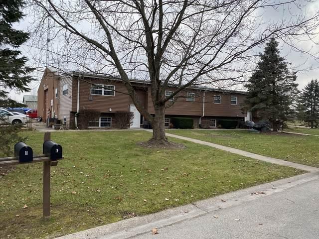 900 Vincent Drive, Sandwich, IL 60548 (MLS #10969068) :: Jacqui Miller Homes