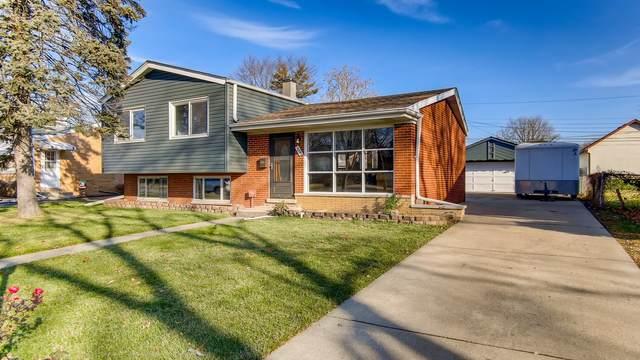 1033 S Charlotte Street, Lombard, IL 60148 (MLS #10969617) :: Jacqui Miller Homes